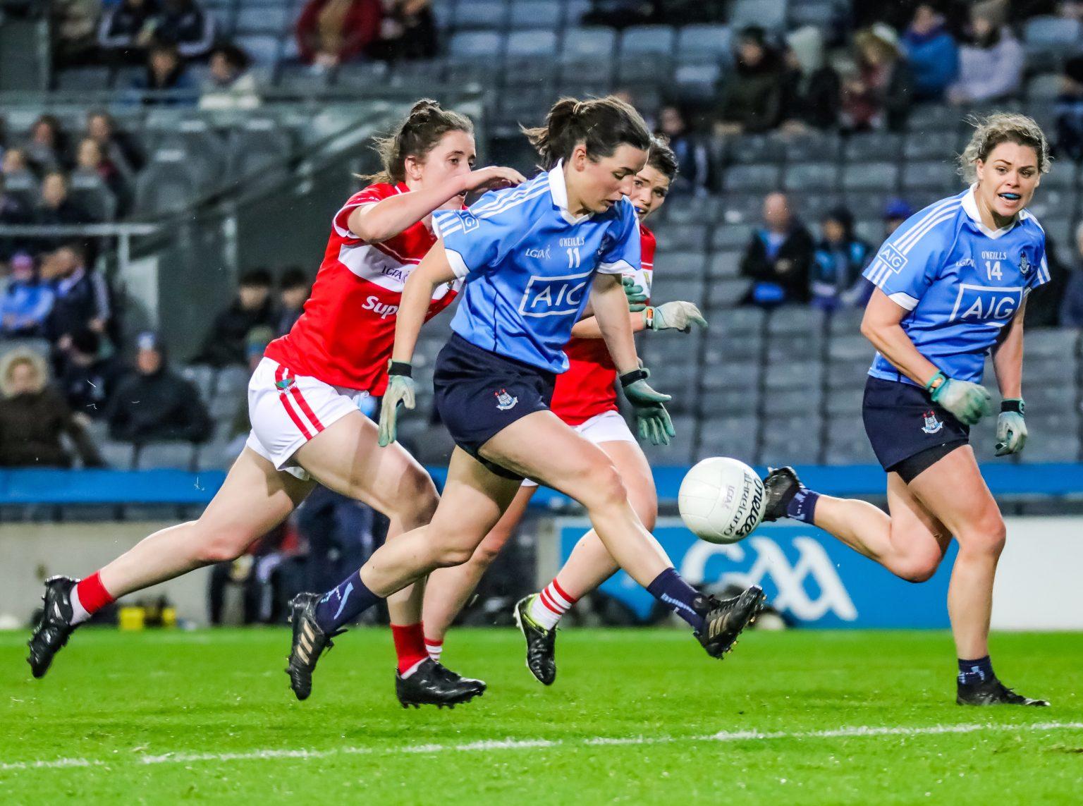 Dublin Forward Lyndsey Davey Attacking The Cork Decence