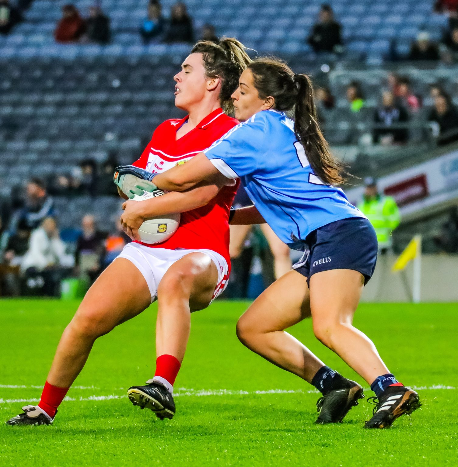 Dublin Half Back Sinead Goldrick Keeping Close Tabs On Corks Doireann O'Sullivan