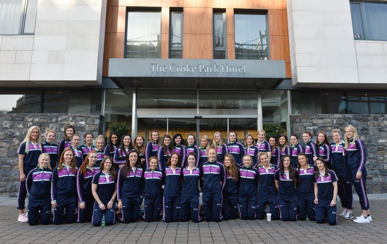 The TG4 Ladies Football All-Star Tour 2018 players assemble for a group photo ahead of departure to Bangkok at the Croke Park hotel, Dublin. Photo by Piaras Ó Mídheach/Sportsfile