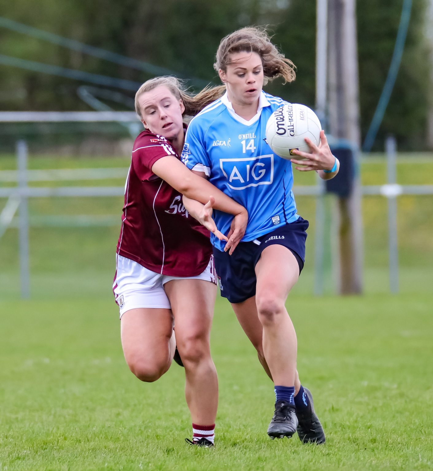 Dublin Ladies Gaelic Football Star Noelle Healy In Action Against Galway