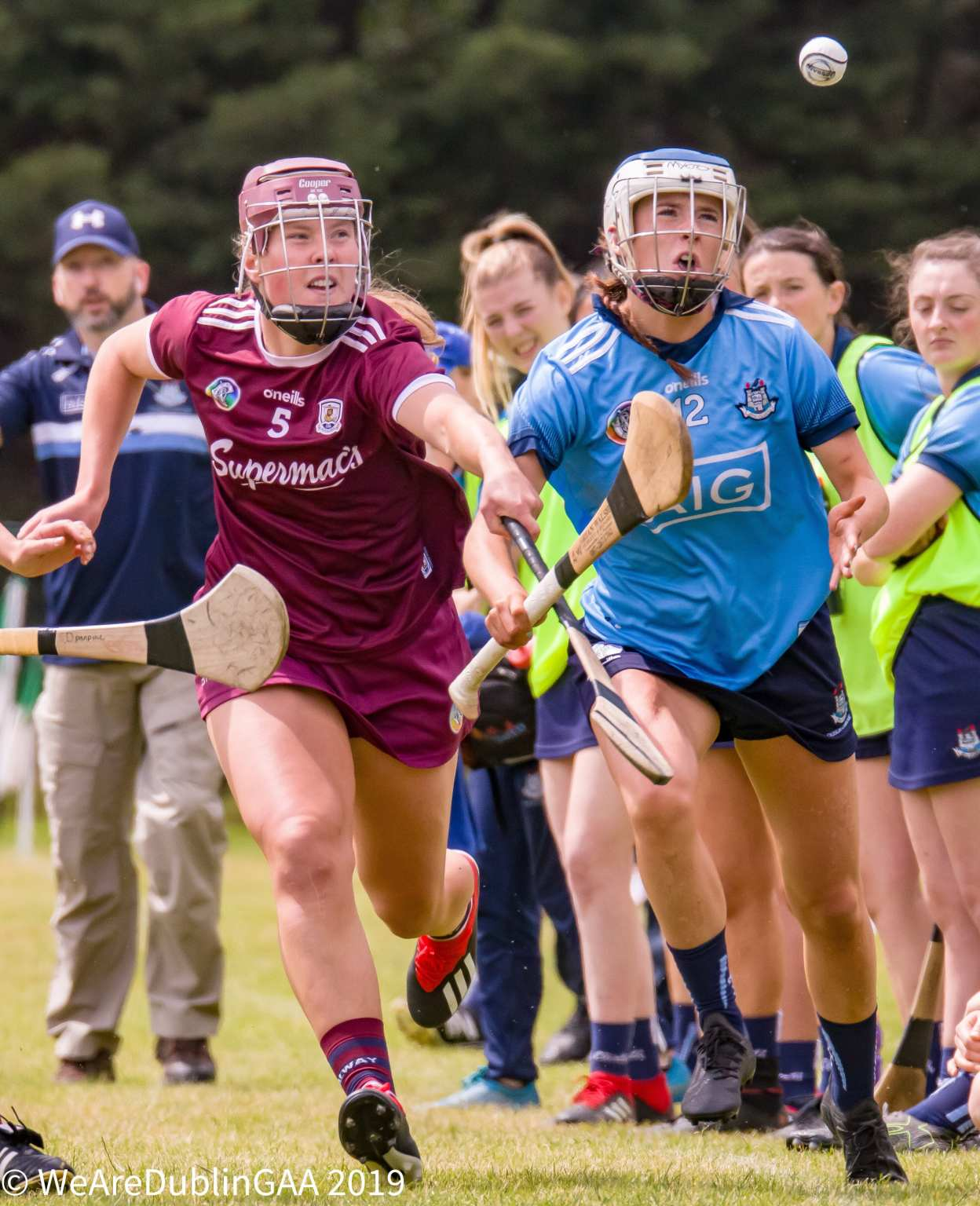Dublin Camogie Player In action against Galway, the Dublin Camogie Notes For this week include a Dublin Senior, Intermediate, Minor, U16A Championship Round-Up