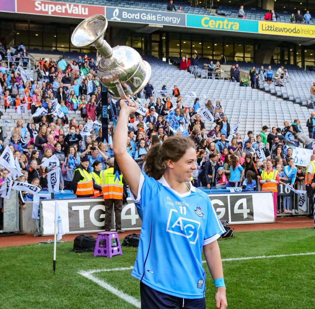 Dublin's Noelle Healy holding the Brendan Martin Cup aloft in Croke Park, Healy will be part of the 2021 Bord Gáis Energy GAA Legends Tour